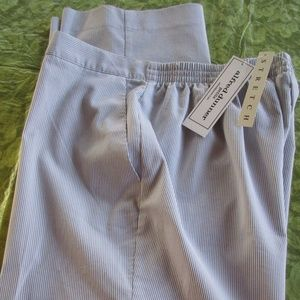 NWT Alfred Dunner Petite Gray/White Pants Slacks